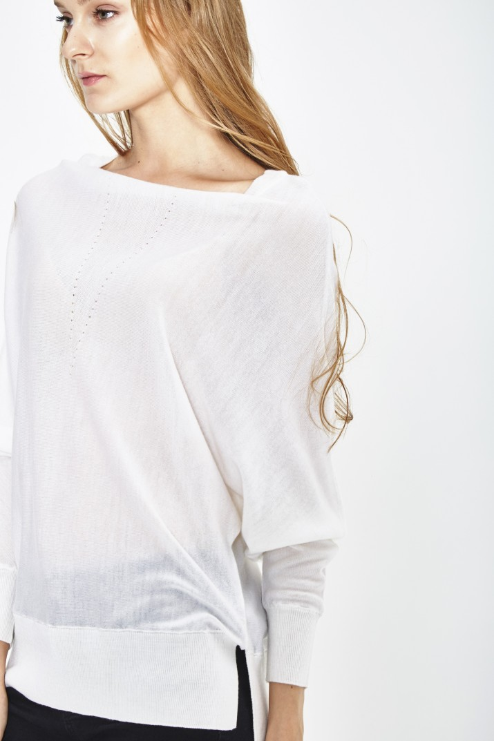 ECO EXTRAFIN MERINO WOOL BATWING SLEEVE SWEATER