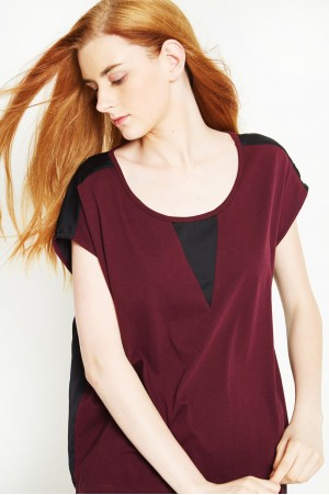 ORGANIC COTTON AND RECYCLED POLYESTER T-SHIRT